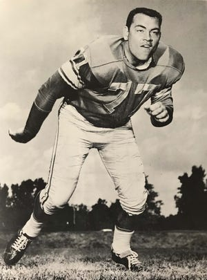 """Marvin Daniel """"Danny"""" LaRose, a former offensive lineman for the Detroit Lions in the early 1960s, died Saturday in Luther, Mich., at the age of 80."""