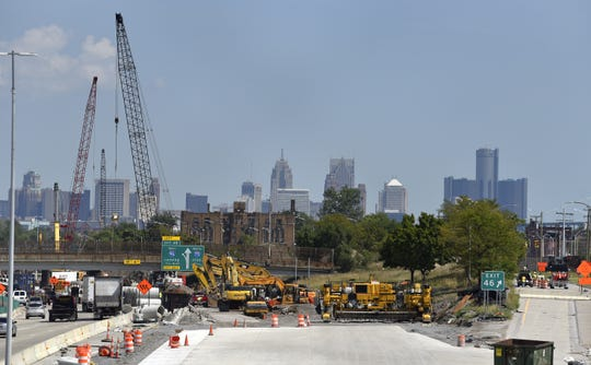 Road construction equipment sits idle on northbound I-75 at Exit 46 in September. A lockout of unionized builders during labor negotiations stalled the project for a time.