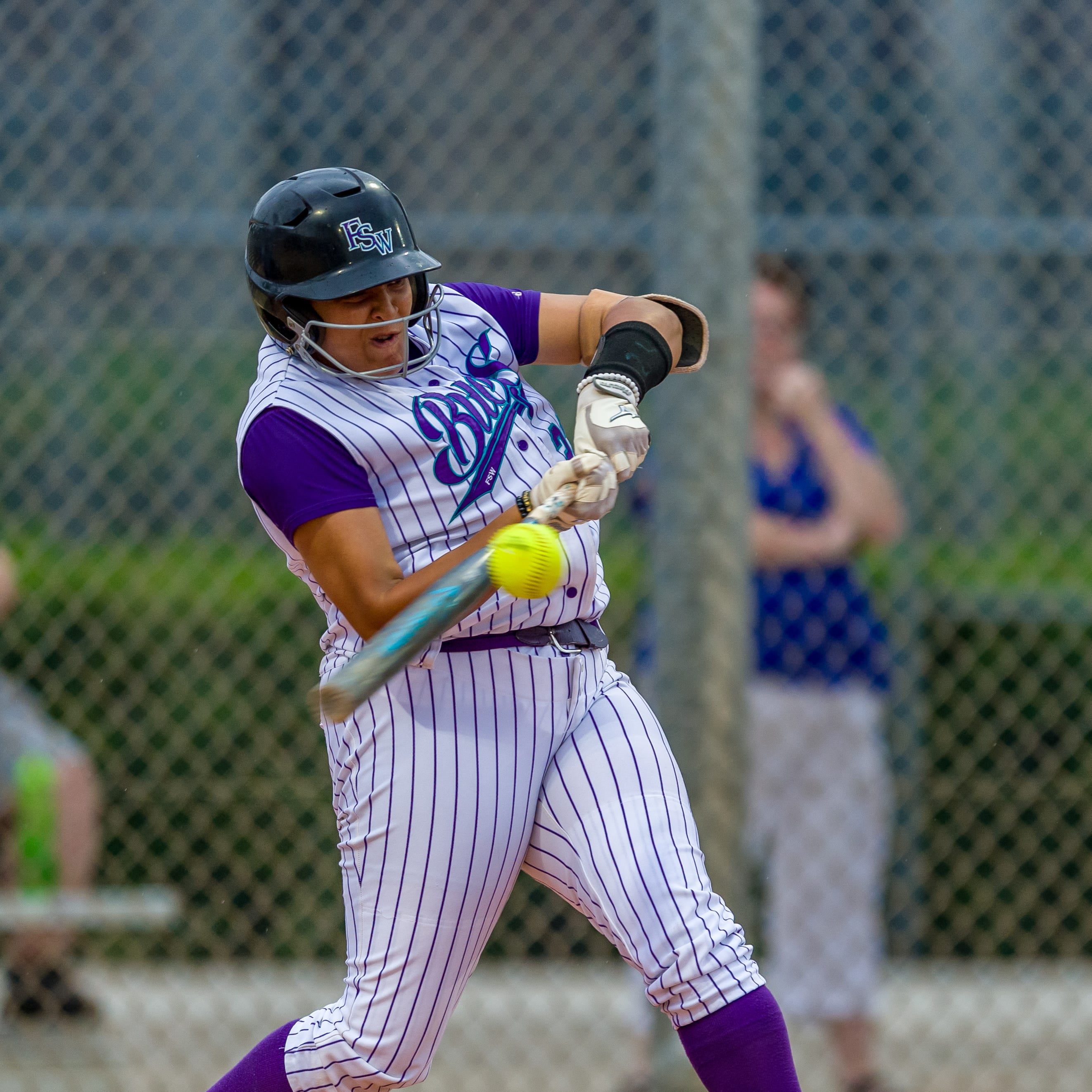 Softball: North Fort Myers grad Natavia Ellis makes smooth transition to college game at FSW