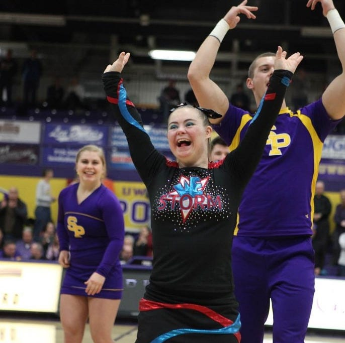 UWSP briefs: Student athletes receive awards; cheerleaders work with 'Dream Team'