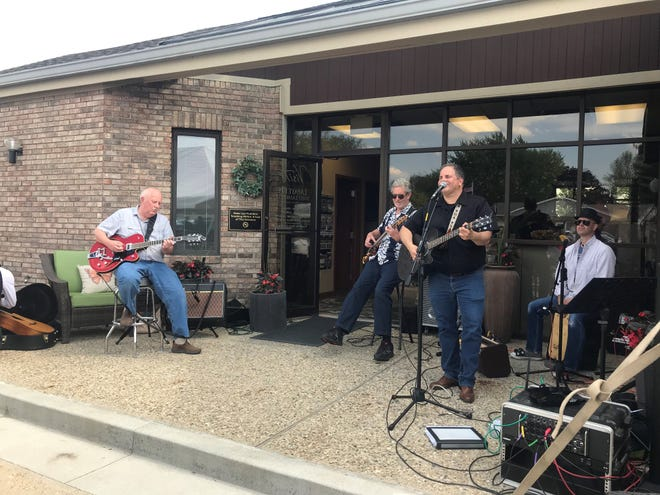 Scott Greeson will perform at the Visit Lafayette-West Lafayette Tourism Tailgate on May 8 at the VLWL visitors center, 301 Frontage Road, in Lafayette.
