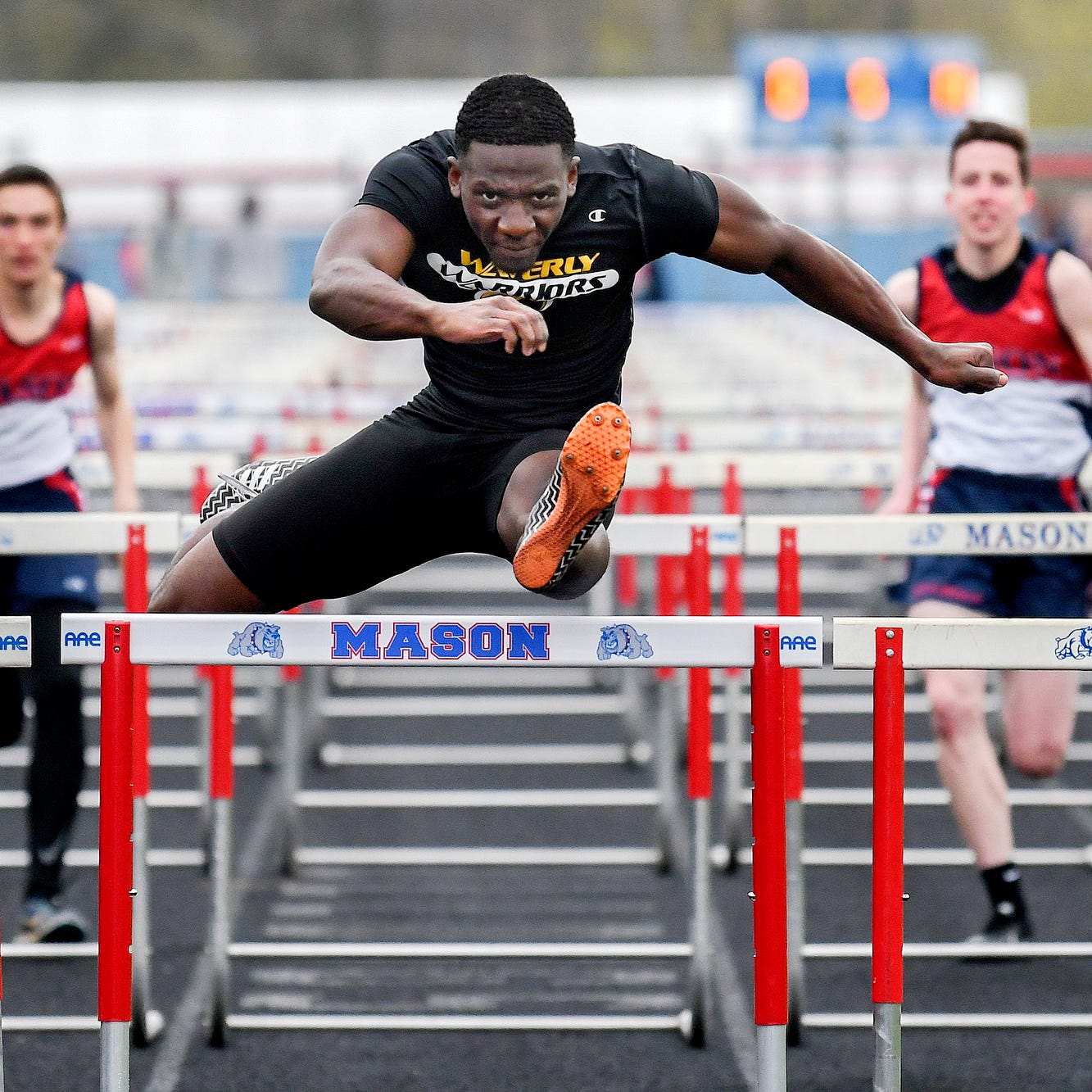 Meet one of the state's best high school hurdlers - Waverly's Keshaun Harris