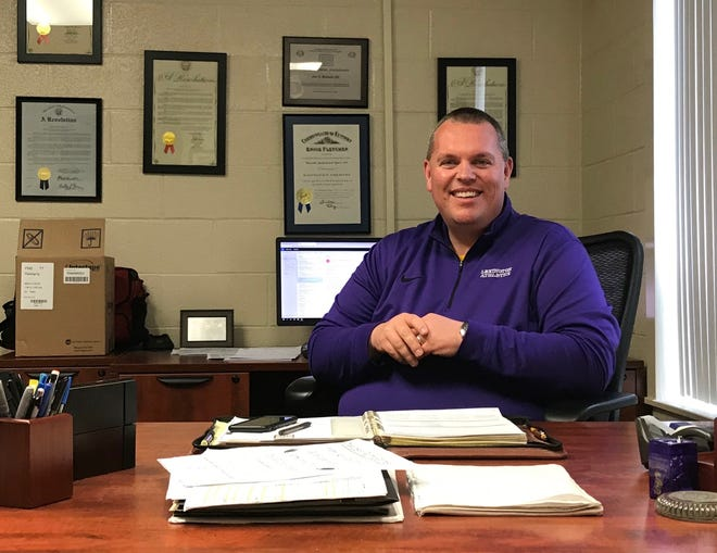 Joe Roberts' successful six-year run as Lexington High School's athletic director is coming to an end. The Lex alum is headed to Cincinnati Princeton to be its new AD.