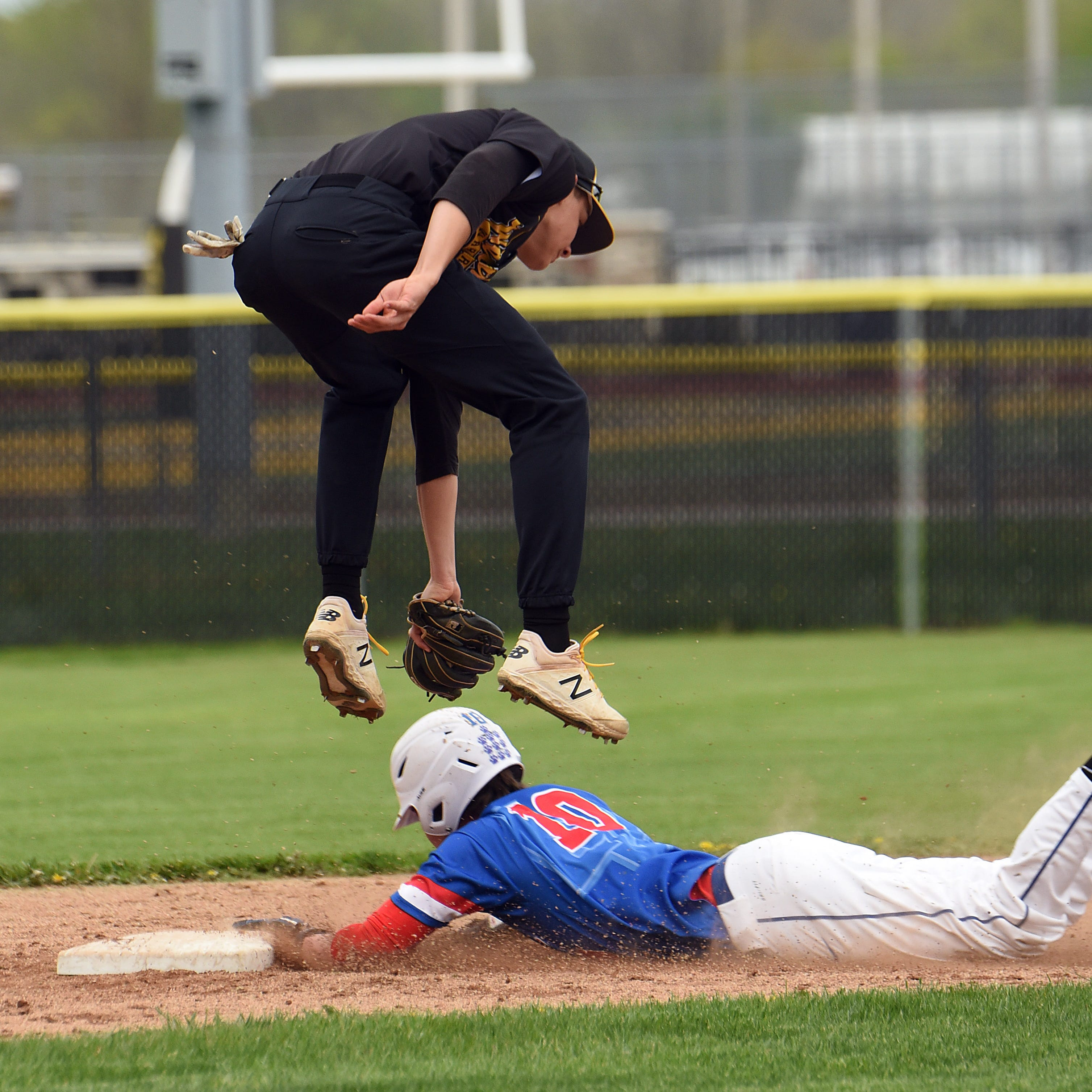 Watkins Memorial baseball dents Licking Valley's LCL-Buckeye title hopes