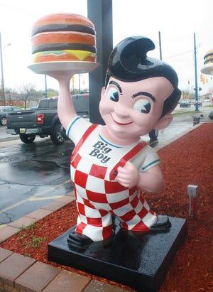 The iconic Big Boy mascot.