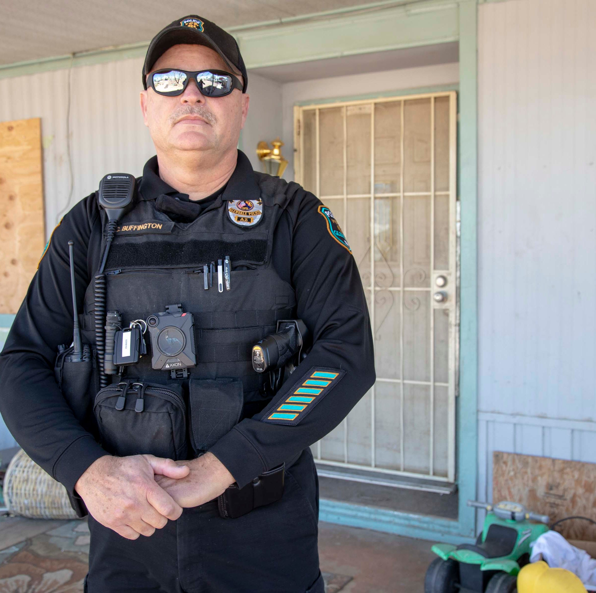 How this police officer is battling eyesores in Glendale
