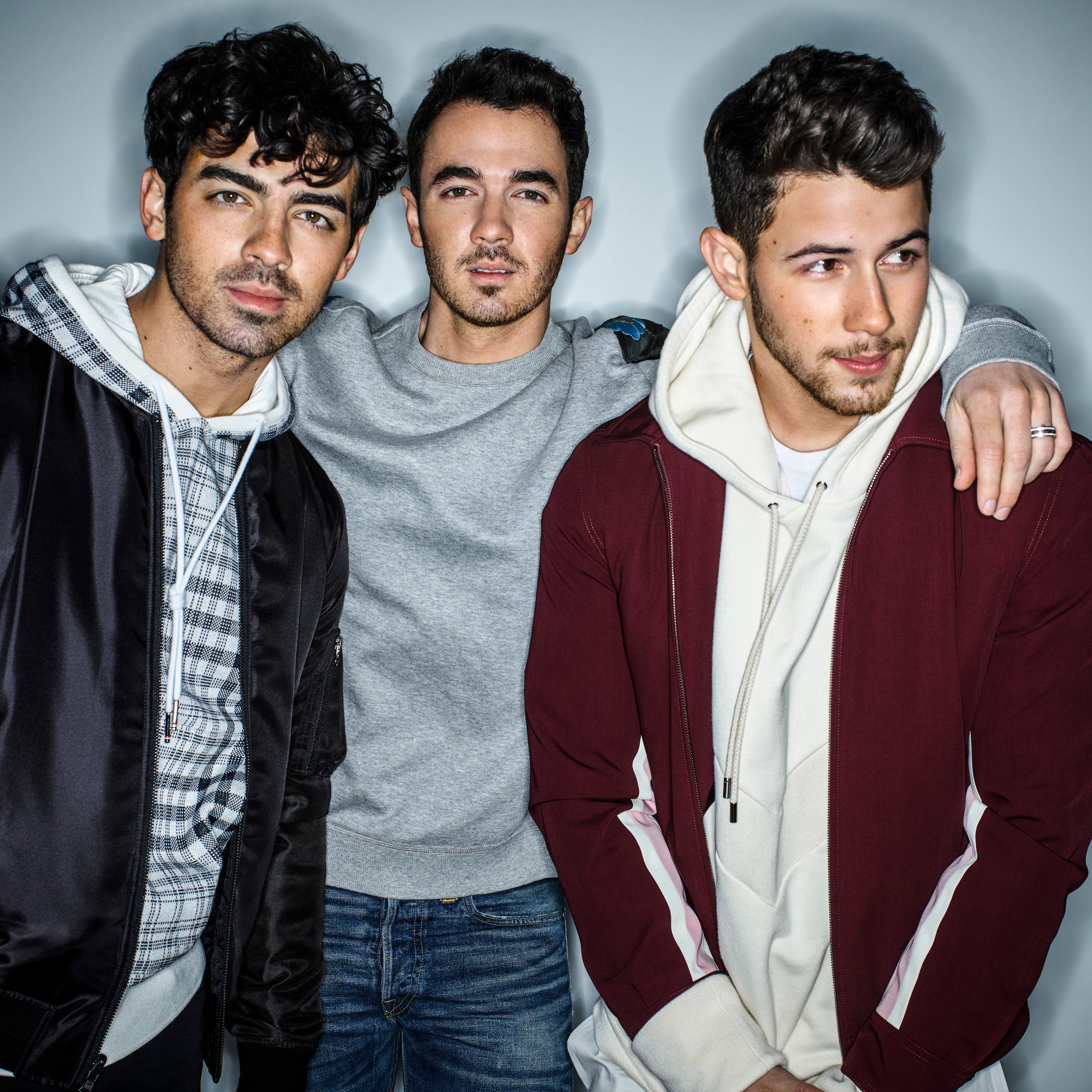 Jonas Brothers tour to play Phoenix in support of 'Happiness Begins'
