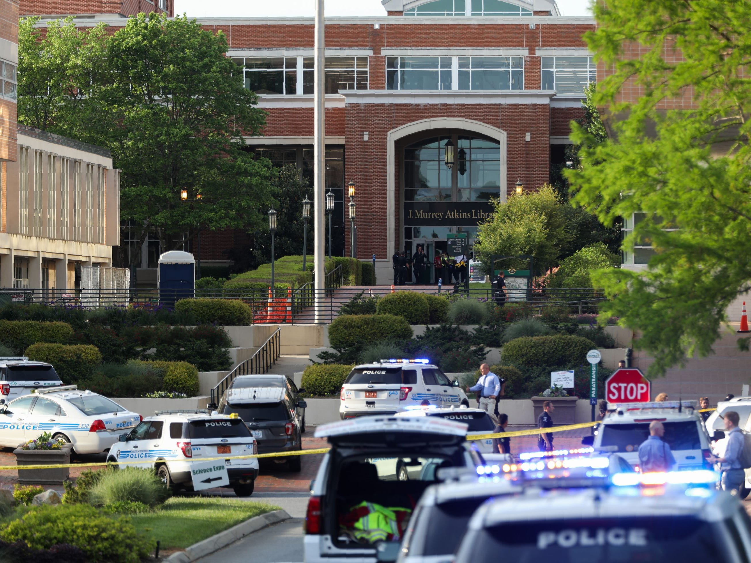 Police keeps the campus on lockdown after a shooting at the University of North Carolina Charlotte in University City, Charlotte, on April 30, 2019. - Six people were shot, two of them died on the University of North Carolina Charlotte campus. One person was taken into custody, according to police sources.