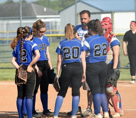 Stephen Decatur coach Scott Kurtz talks to his team on Tuesday, April 30, 2019.