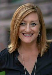 Robyn Starks Holcomb, Roosevelt High School choir teacher