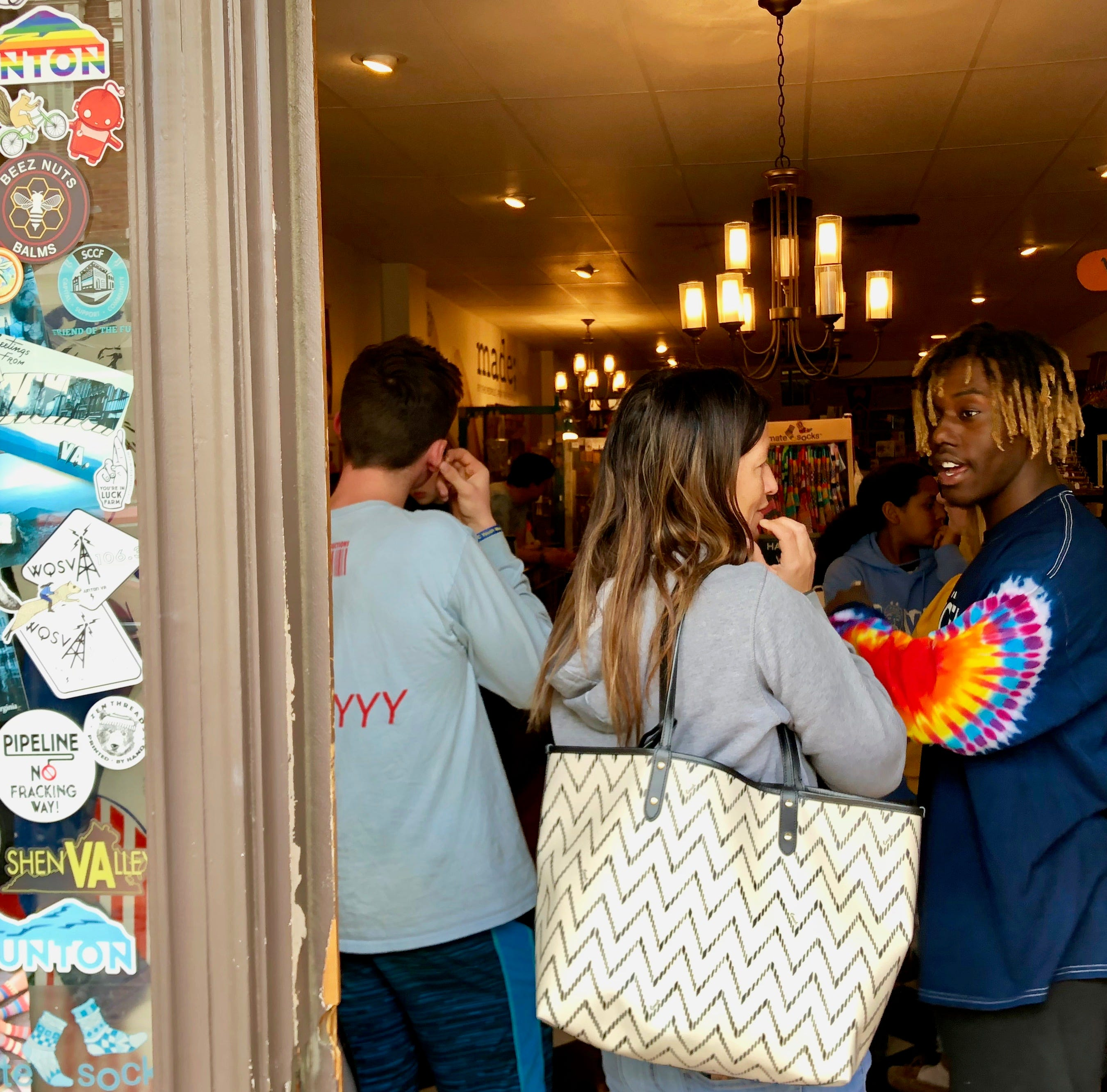Teen spreading smiles and style in downtown Staunton
