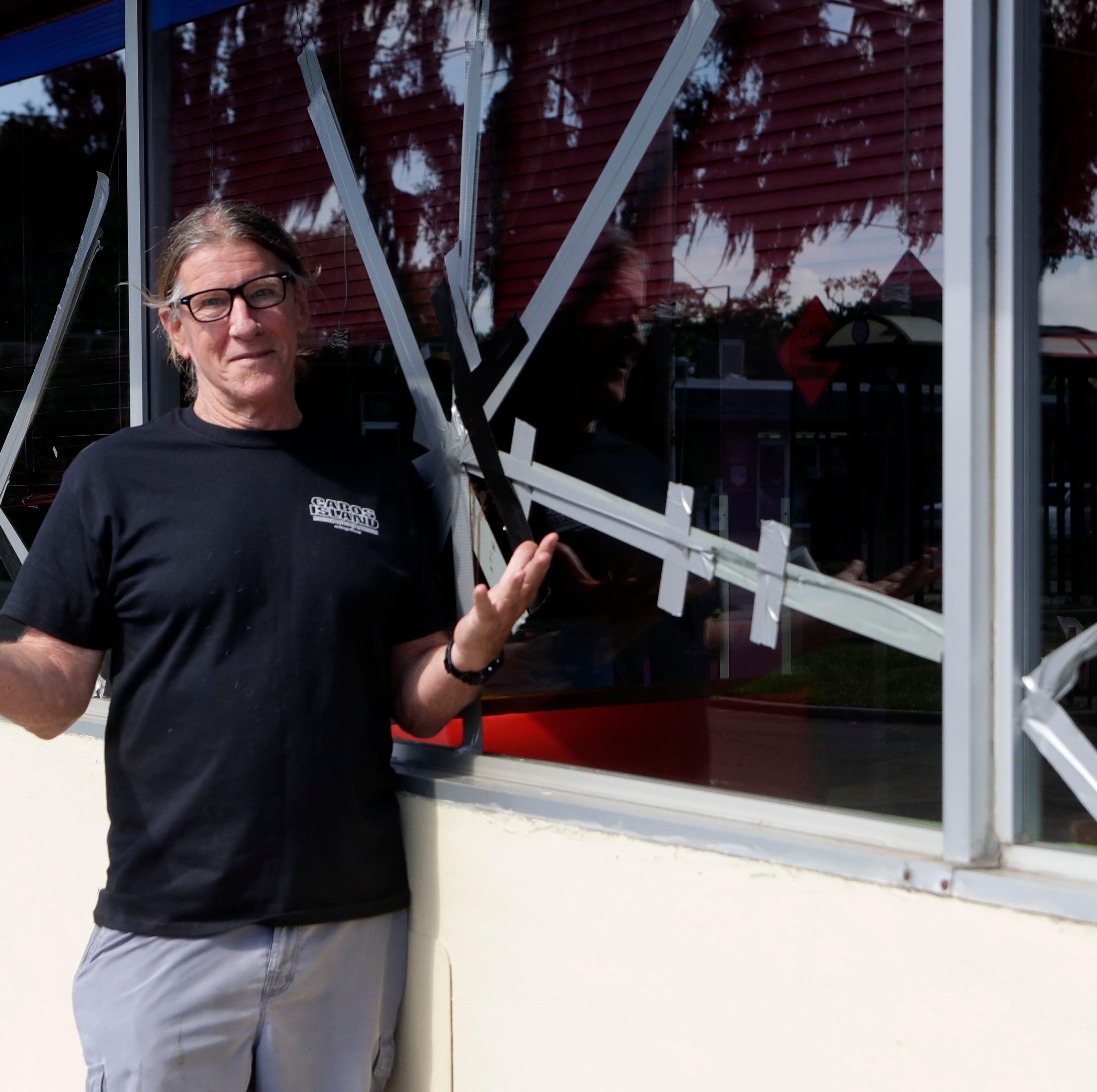 Man smashes windows at Cabo's restaurant, later apologizes