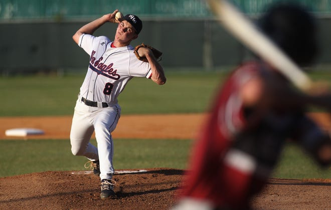 Wakulla senior Hayden Lenk pitches as Wakulla beat Franklin County 8-0 on Monday, April 29, 2019.