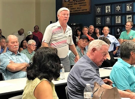 Joe  Calcaterra, a long-time Vista Hills Country Club member who has loaned it $1.4 million over the years, talks at an April 29 meeting of Vista Hills property owners and city officials.