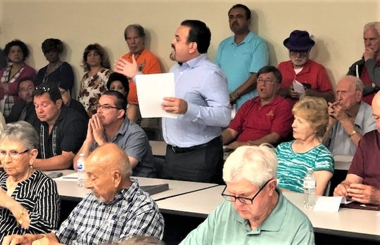 Miguel Flores, an El Paso bankruptcy lawyer who lives on the Vista Hills Country Club golf course, asked homeowners to join the Vista Hills Good Neighbors Membership Program as a way to maintain the course in the short-term at an April 29 meeting.
