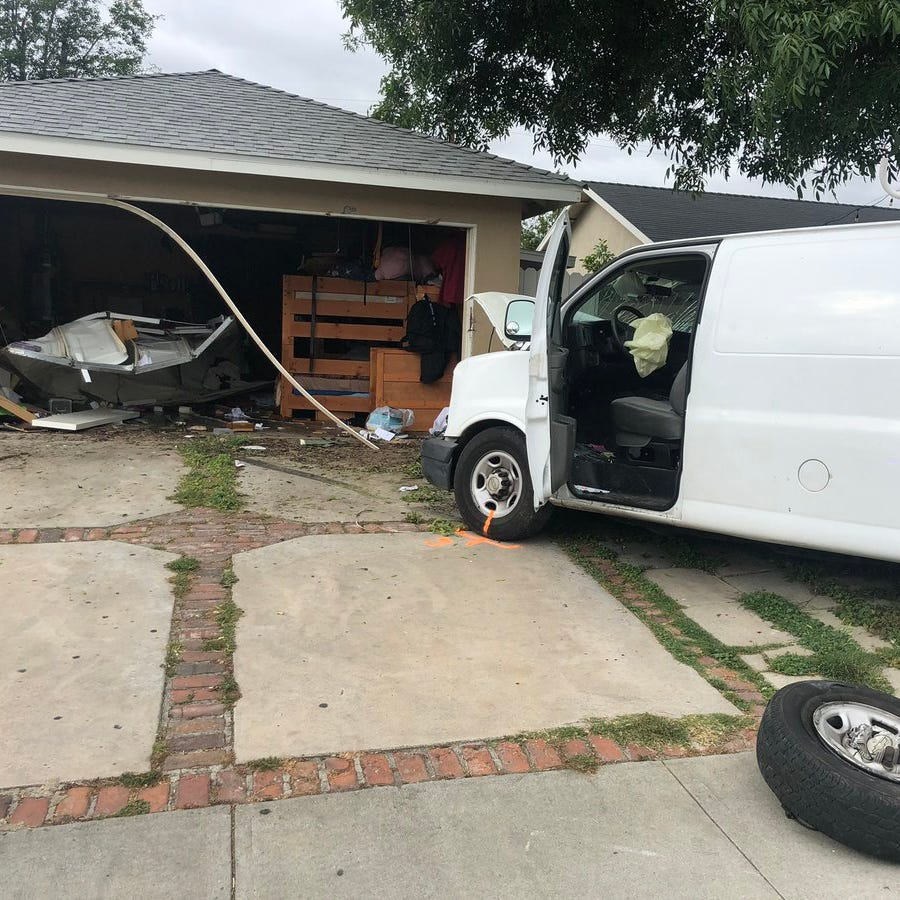 1 arrested for DUI after vehicle crashes into Simi residence
