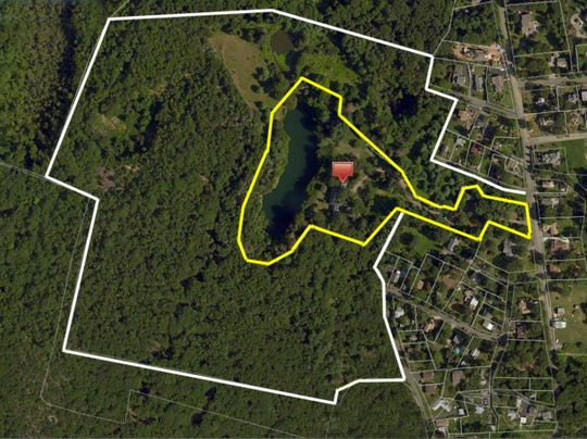 The 7.9-acre estate in North Castle, which was originally part of the Straus family country estate, will be sold in a sealed bid auction. Since 2016, the property was owned by the Consul General of the Government of the Republic of Seychelles.
