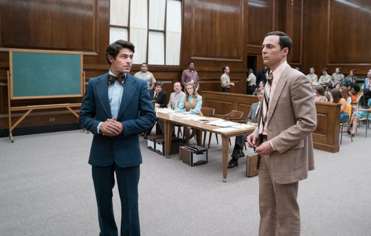 Ted Bundy (Zac Efron) spars with prosecutor Larry Simpson (Jim Parsons).
