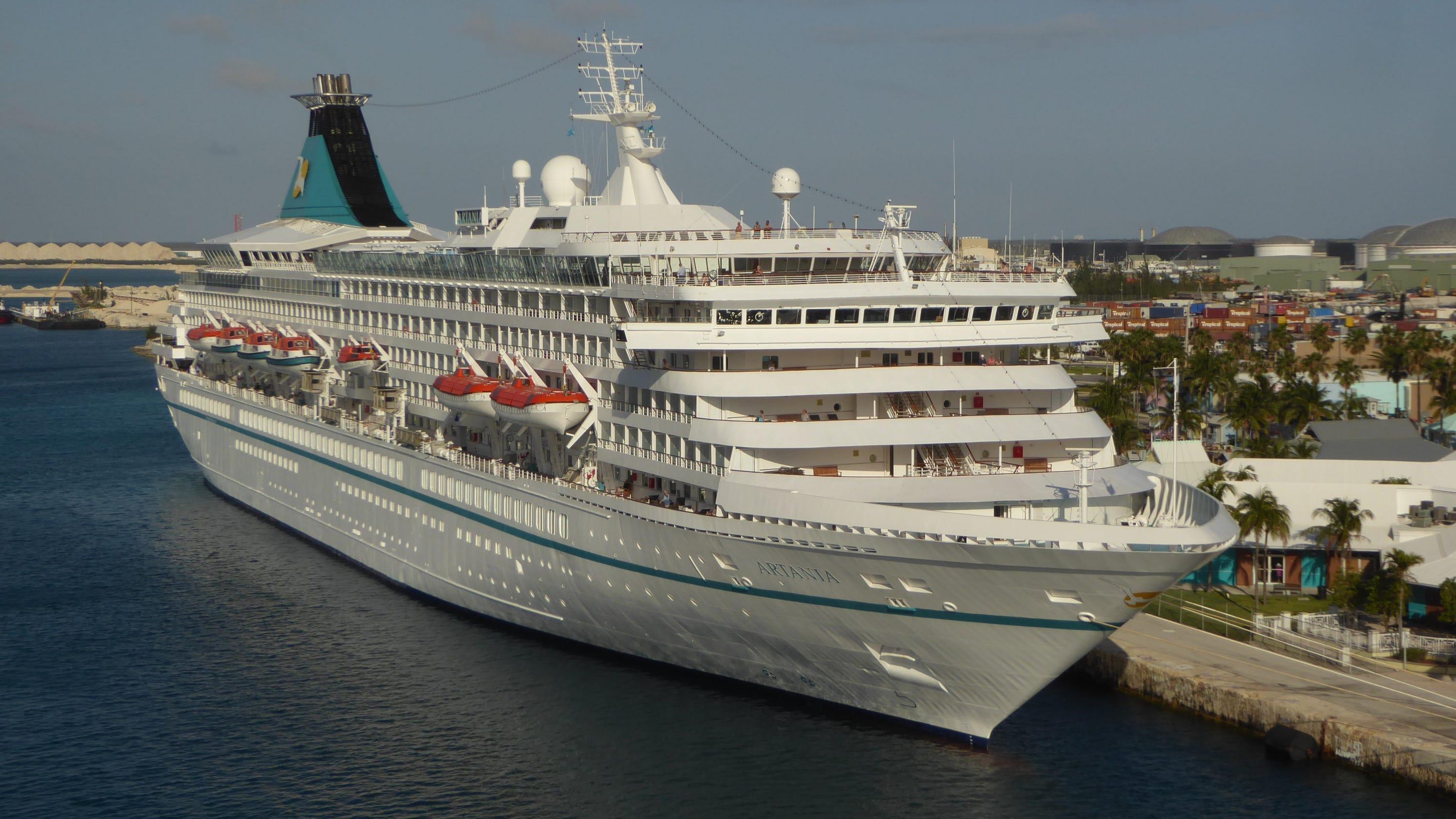 Phoenix Reisen's Artania Cruise Ship: Take A Photo Tour