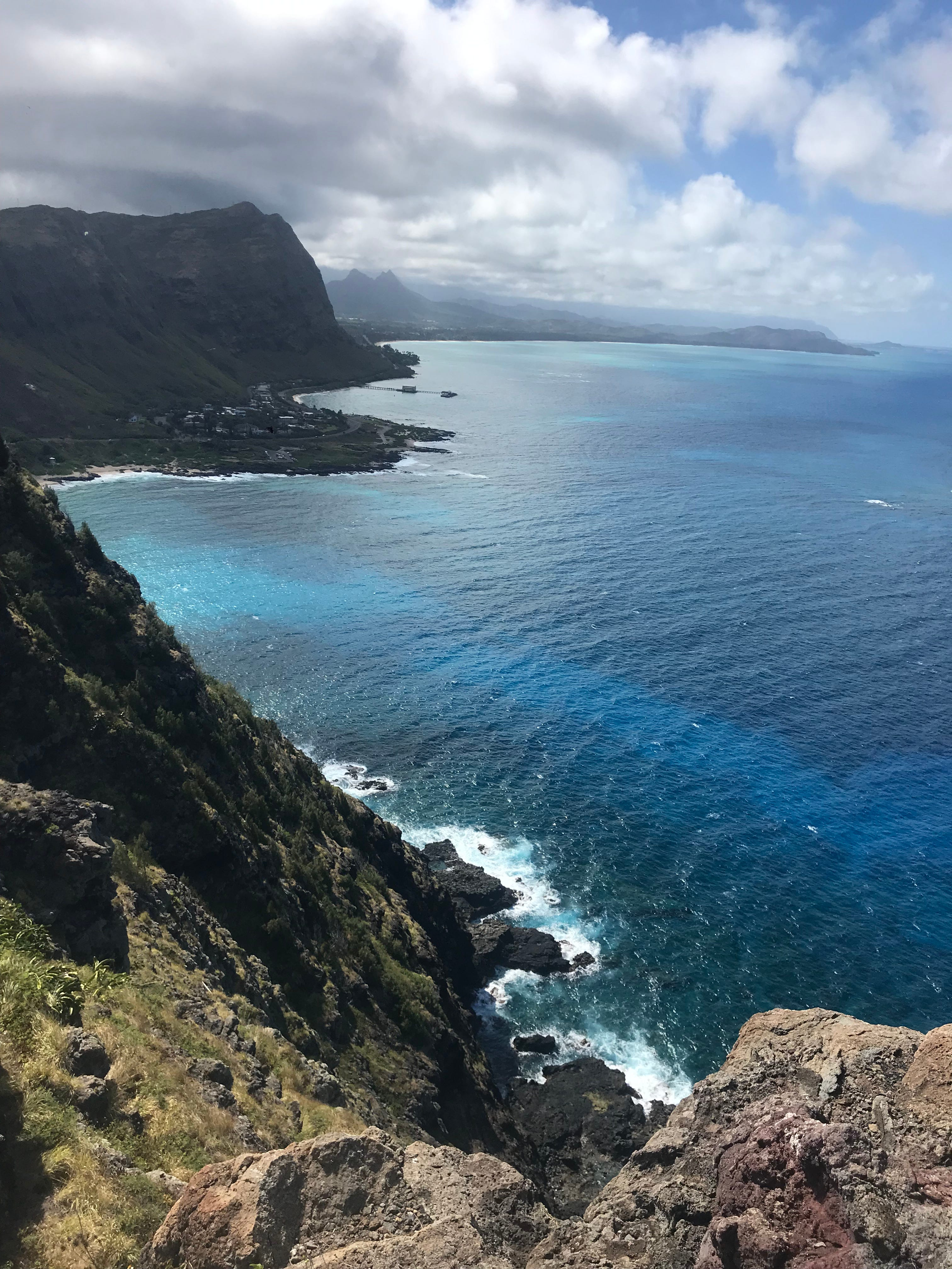 The Makappu Point Lighthouse Trail, just 30 minutes from Waikiki Beach, is a family friendly hike with rewarding views.