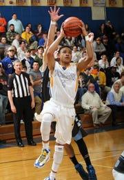 Wren's Trey McGowens during the fourth quarter at Wren High School in Piedmont.