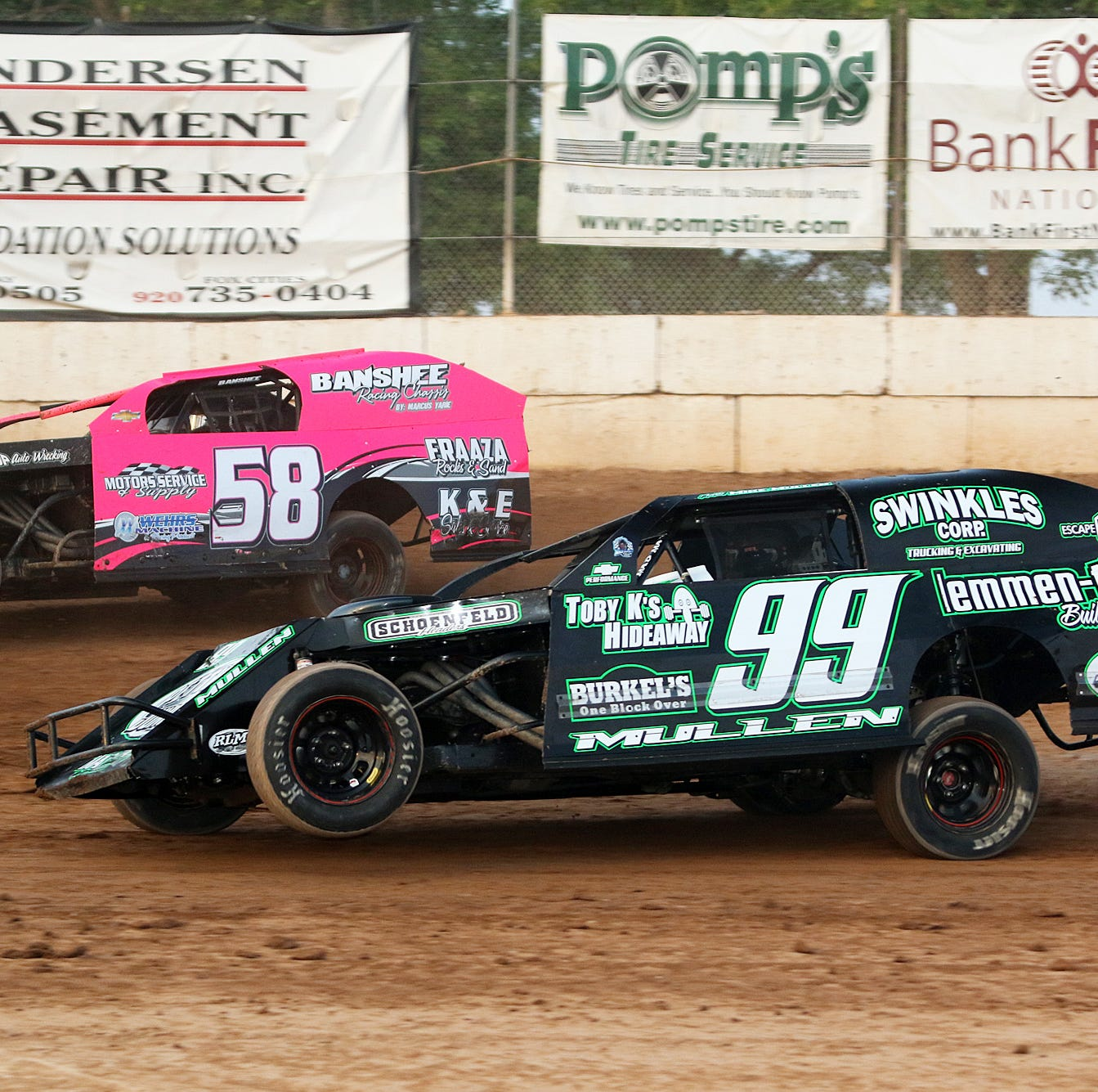 Eastern Wisconsin Stock Car moves weekly racing program to Friday nights