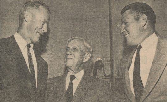Myrle Greathouse, right, with Sooners coach Bud Wilkinson, left and Bennie Owen, the retired Oklahoma coach and athletic director for who Owen Field is named.