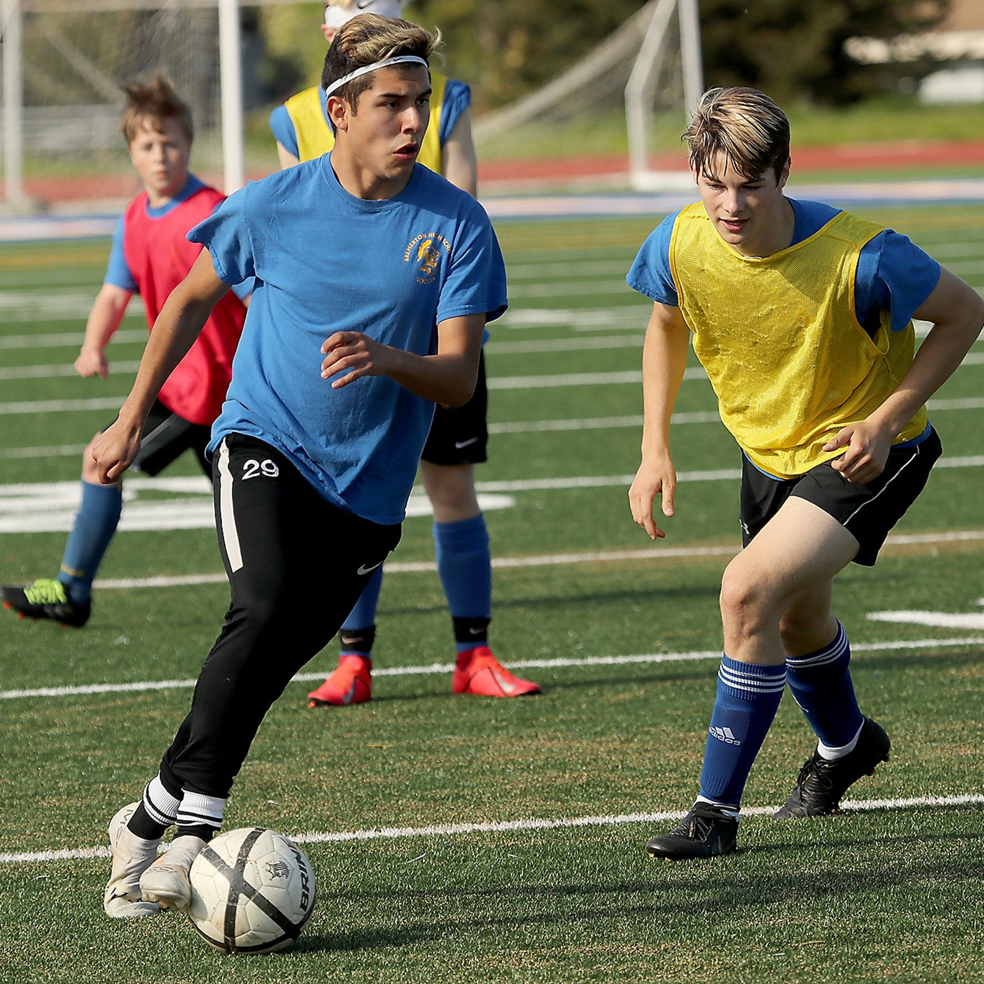 Bremerton boys soccer shows fight to make playoffs