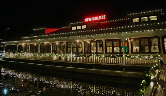 The Windlass in Lake Hopatcong offers waterfront views.