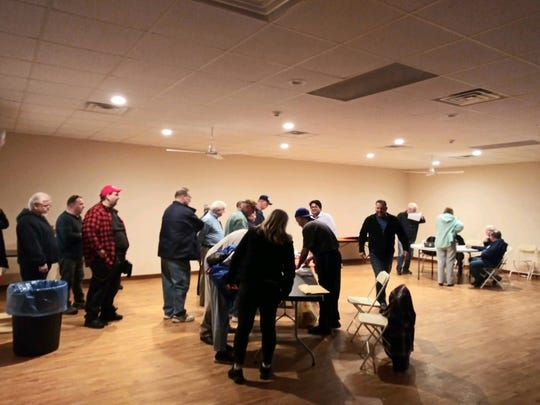 Edison residents gathered on Tuesday to sign a petition that pertains to a referendum that would overturn an ordinance related to a  $810 million deal with Suez North American.