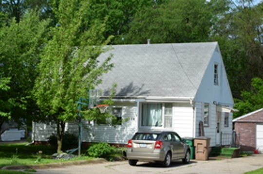 1724 63rd St in Windsor Heights, owned by Osman Jama.