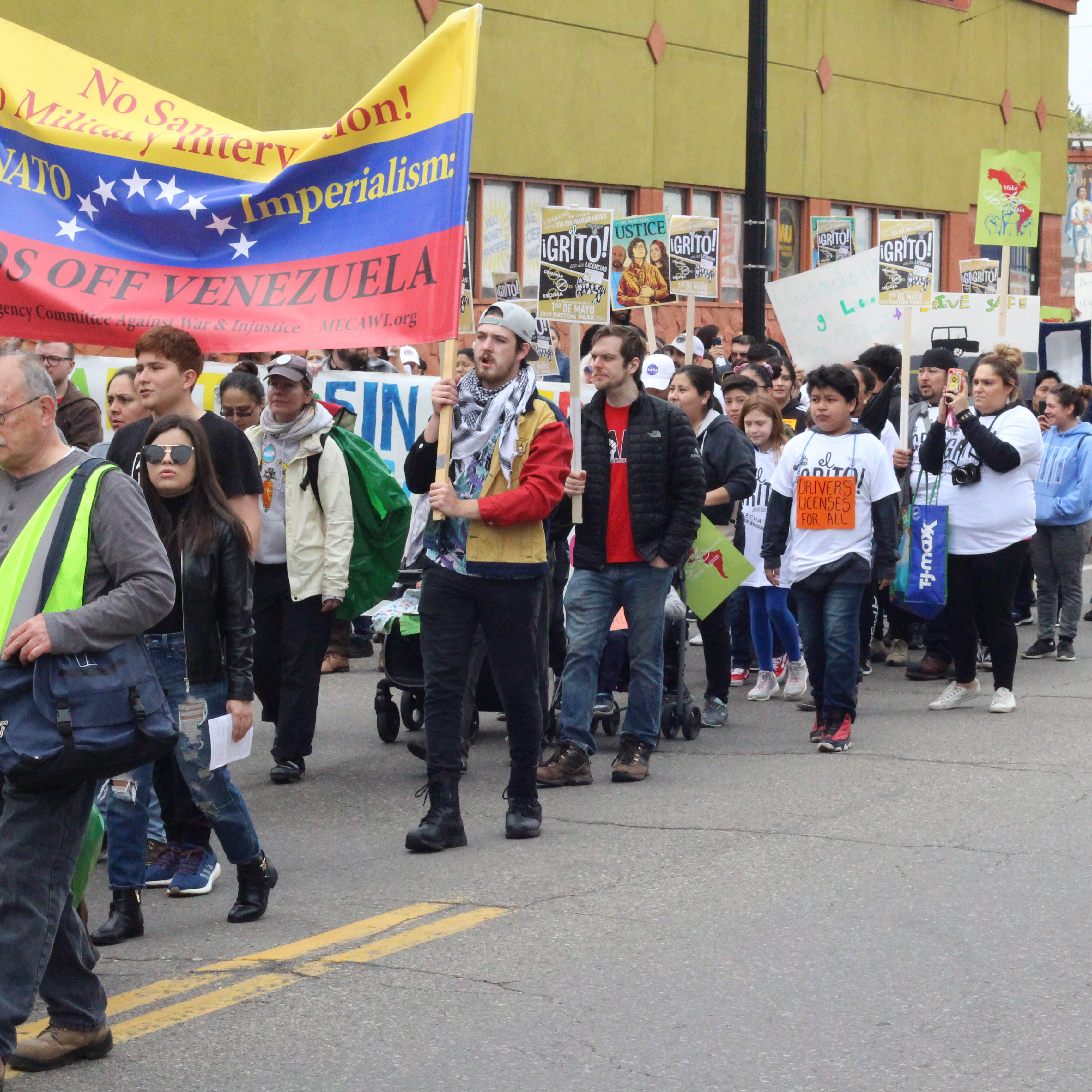 Detroit protesters march to demand licenses for undocumented immigrants