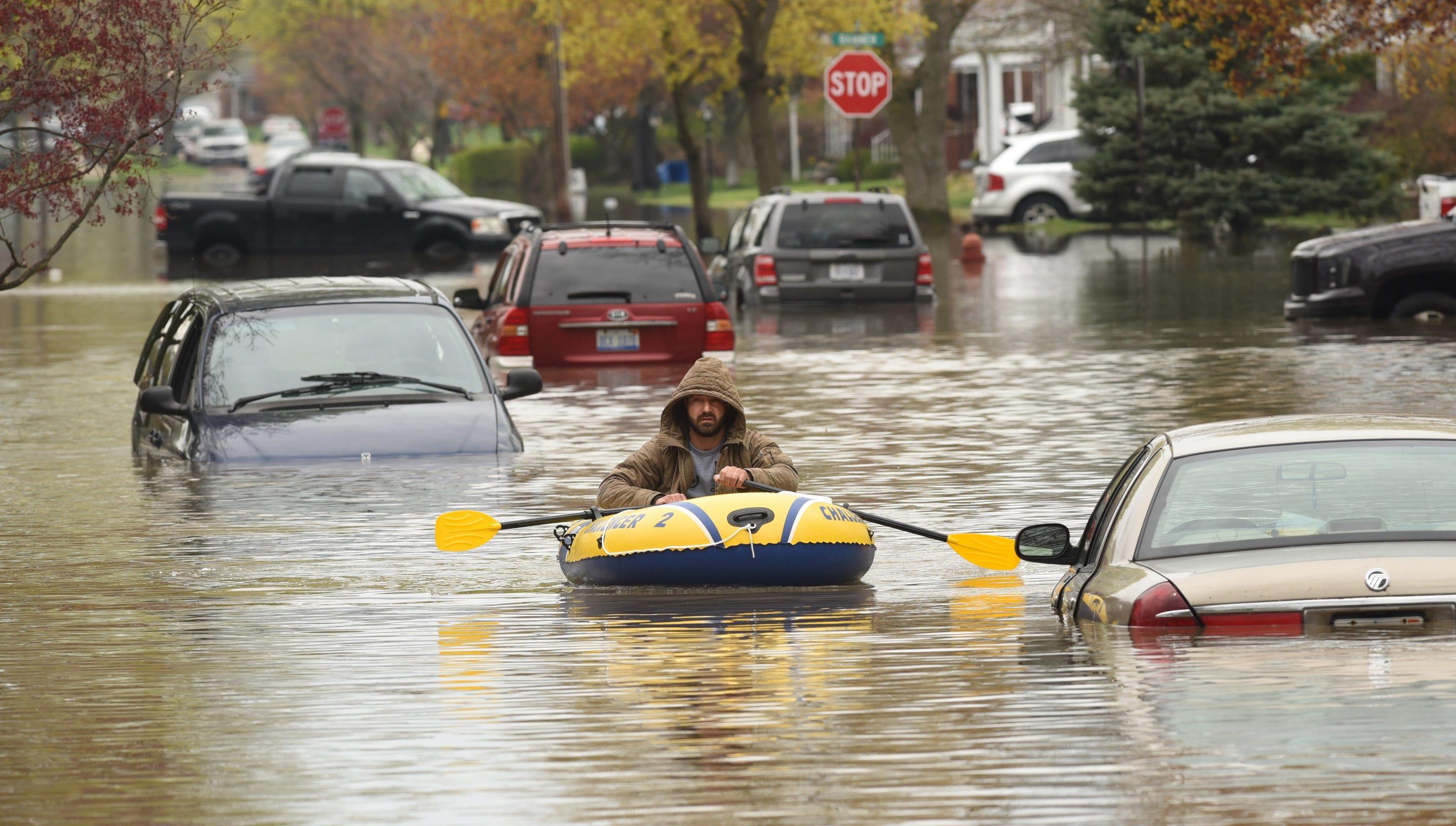 Record rainfall spurs flooding