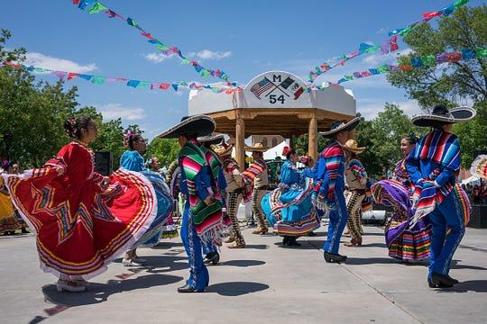 Ballet Folklorico de la Tierra del Encanto dancers entertain attendees during the Cinco De Mayo Fiesta on the plaza in Mesilla, New Mexico May 06, 2017.