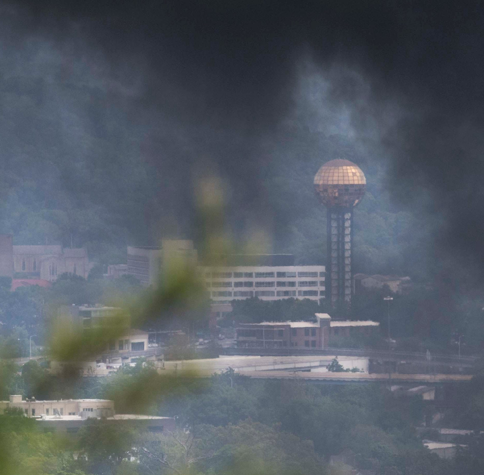 Knoxville fire: 'If you can see or smell smoke, move away from the area'