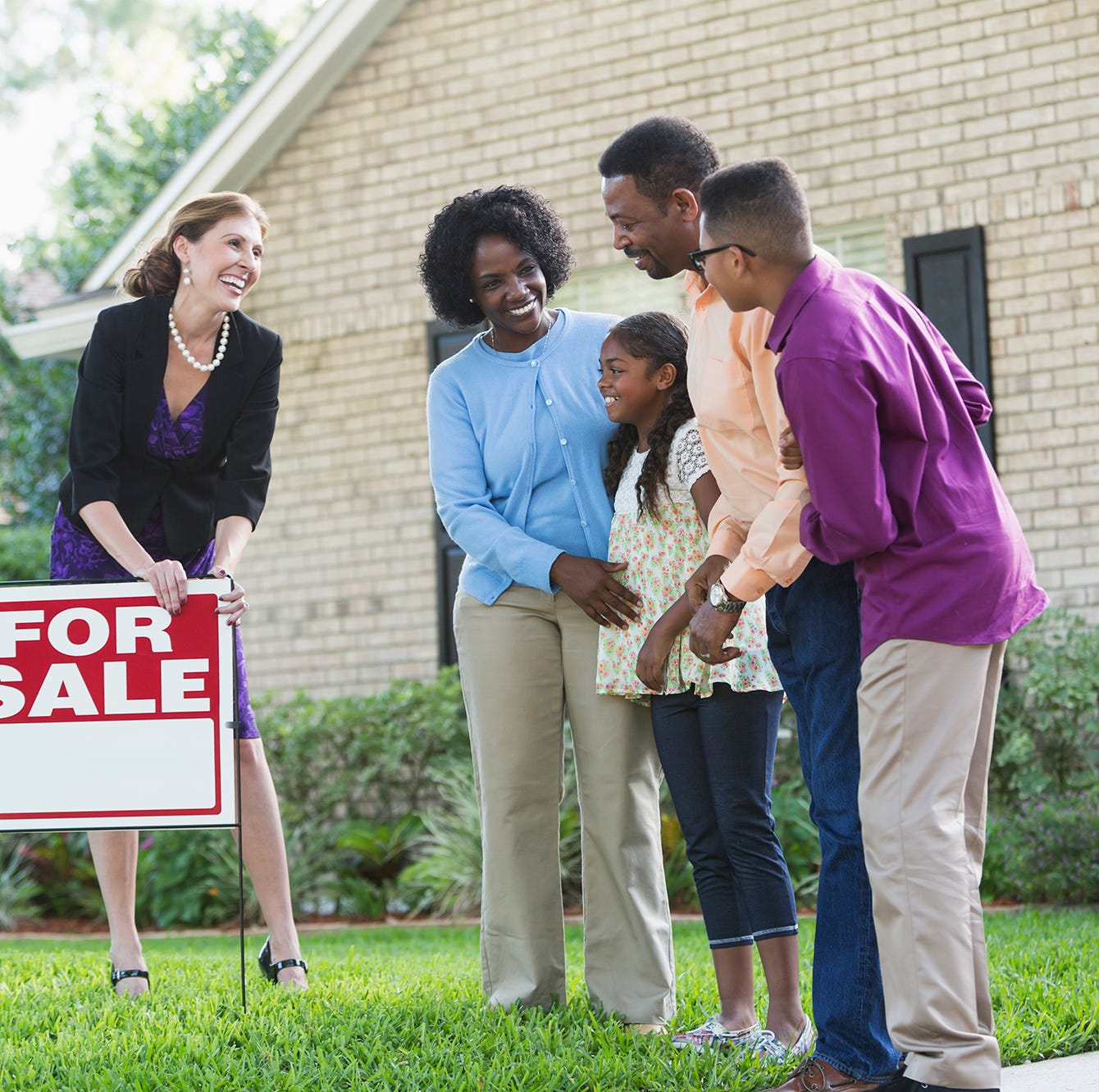 Despite Trends, Housing Market Still Favors Sellers