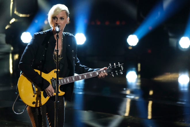 """Kenosha-based singer Betsy Ade performed Jet's """"Are You Gonna Be My Girl"""" on """"The Voice"""" on Monday, April 29."""