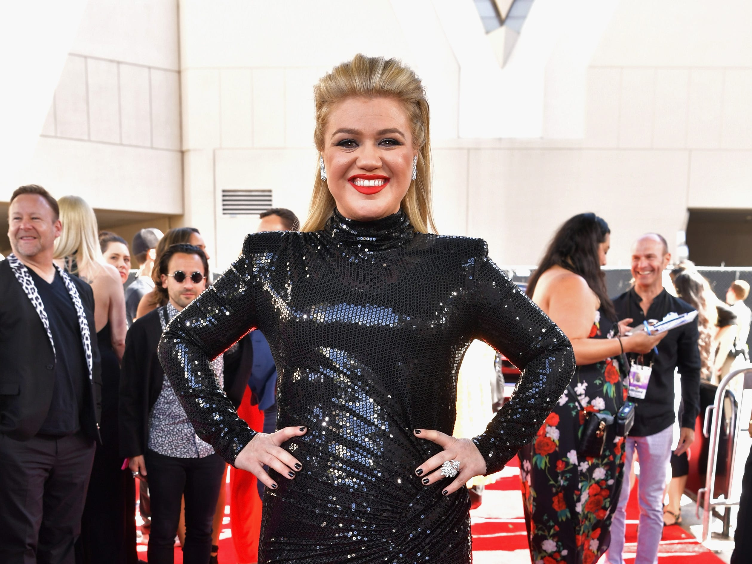 Kelly Clarkson attends the 2019 Billboard Music Awards at MGM Grand Garden Arena on May 1, 2019 in Las Vegas, Nevada.