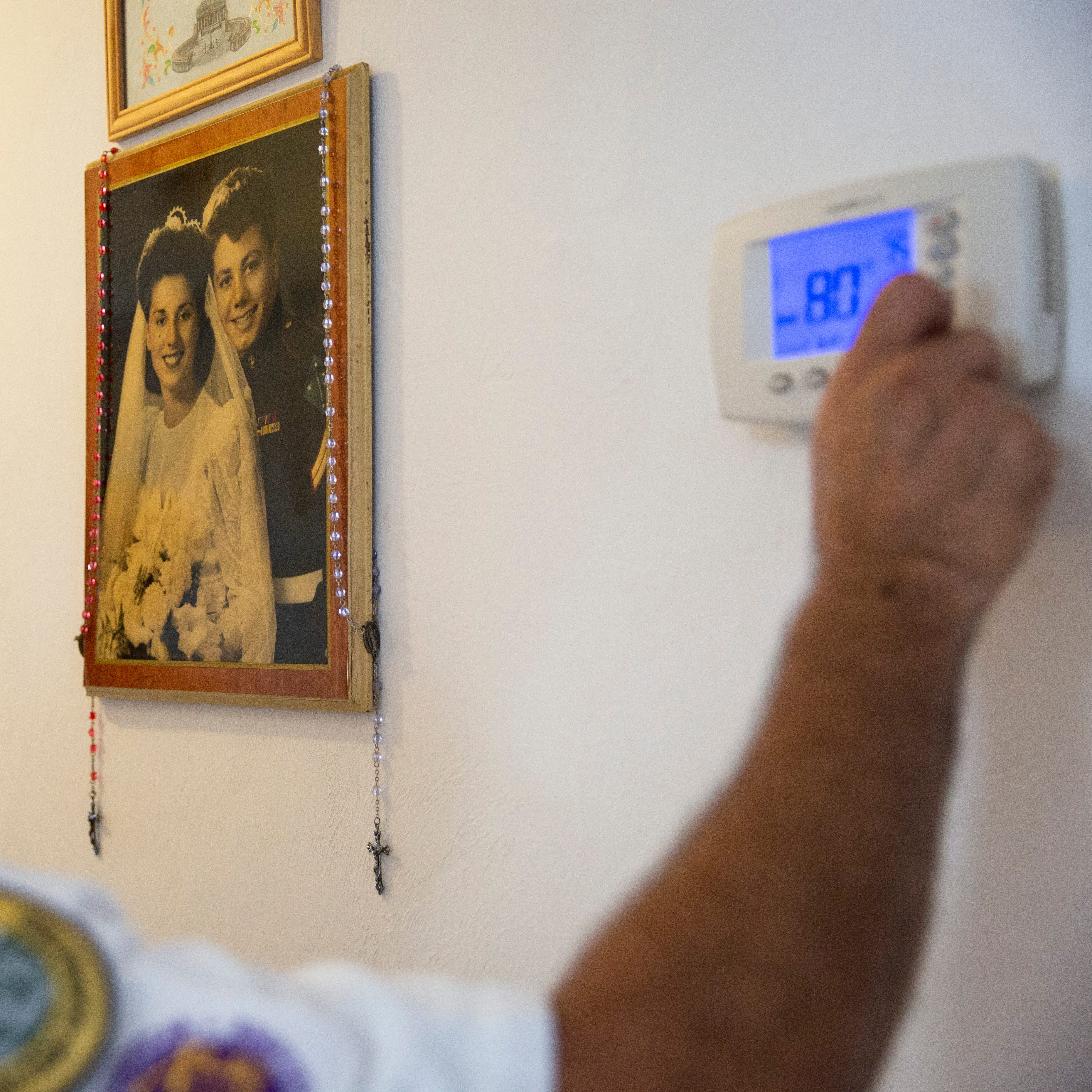 No charge: One Hour Air gives WWII veteran, wife a new air conditioning system
