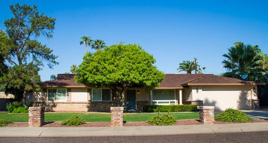 North-central Phoenix's median overall home price dipped about 1 percent to $545,000 in 2018, according toTheArizona Republic'sStreet Scout Home Values.