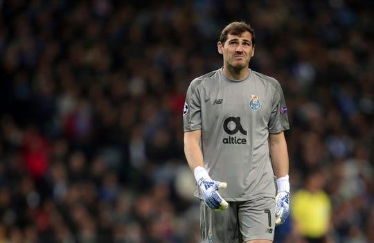 Iker Casillas, portero del Porto, sufrió un ataque al corazón.