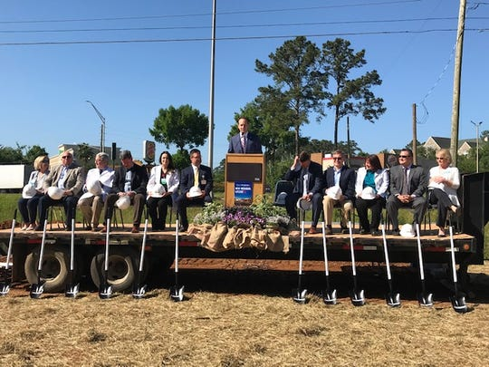 Capital Regional Medical Center broke ground on its new Lake Jackson Emergency Room on Tuesday.