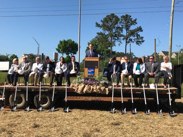 Capital Regional Medical Center broke ground on its new Lake Jackson Emergency Room on Tuesday.