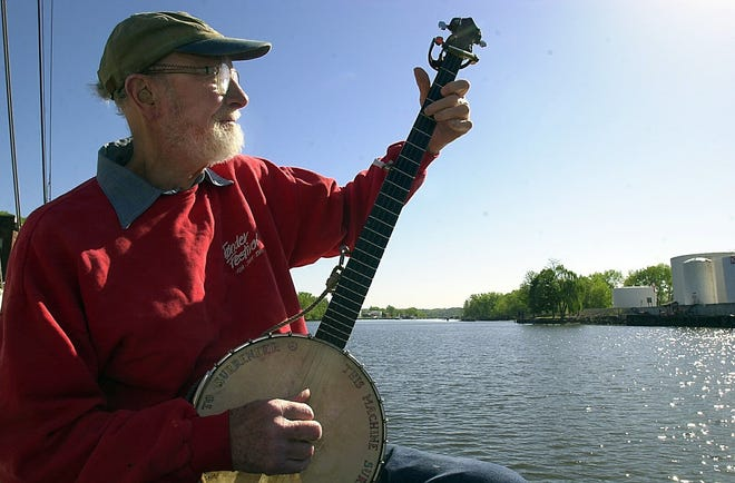 In 2001, Pete Seeger played the banjo aboard the Hudson River Sloop Clearwater while the ship was docked in Rondout Creek, a tributary of the Hudson River in Kingston.