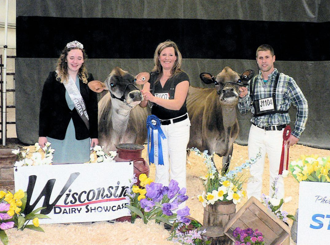 Formal photos of all class winners are a tradition at most dairy shows.