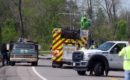 Fatal crash claims 3 lives, 4 children hospitalized