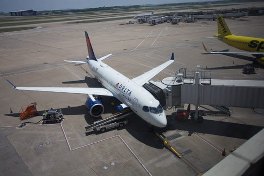 Delta Air Lines is fighting the International Association of Machinists' efforts to unionize workers.