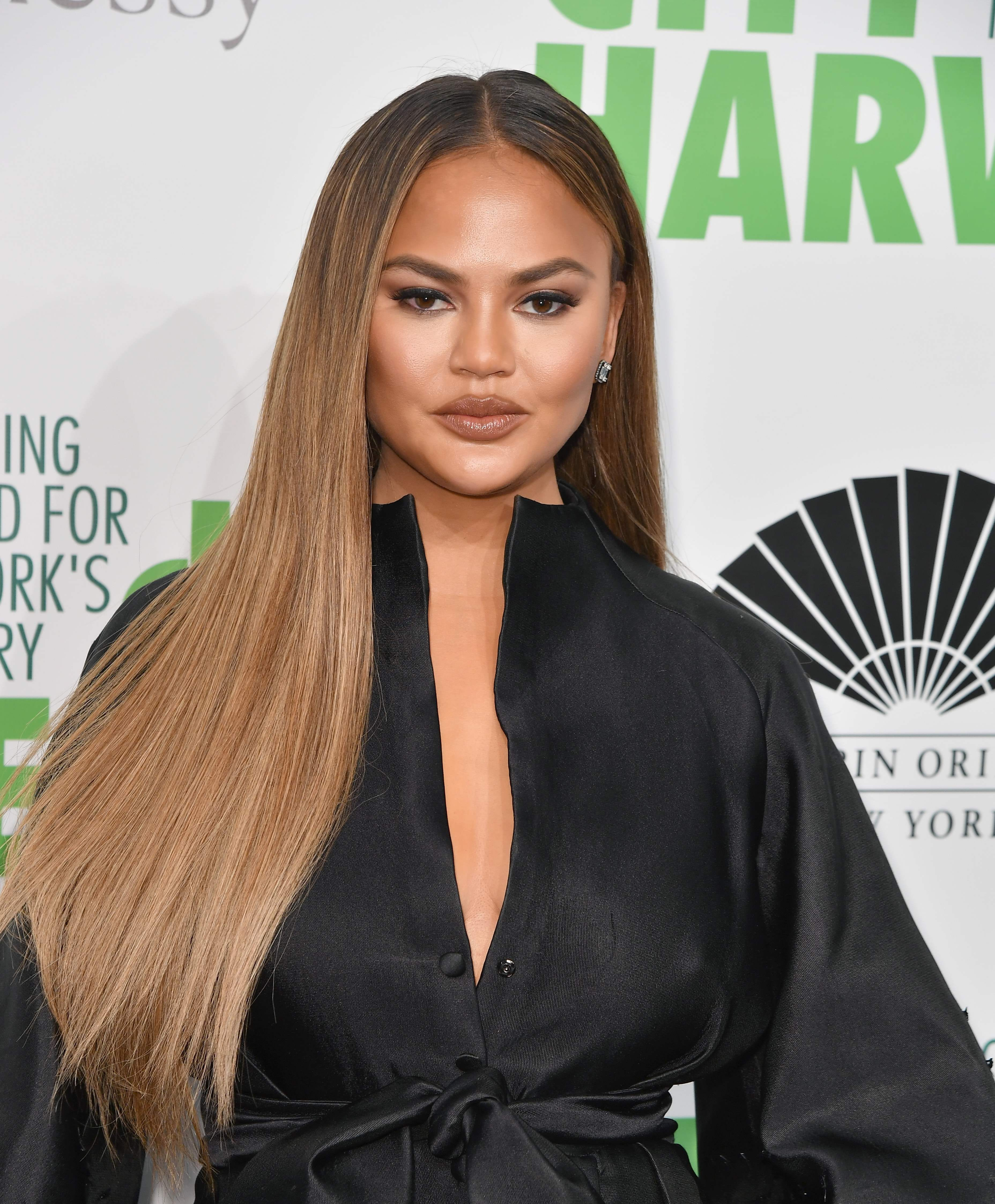 Chrissy Teigen abruptly quits Twitter. 6 signs you need to unplug and ditch social media