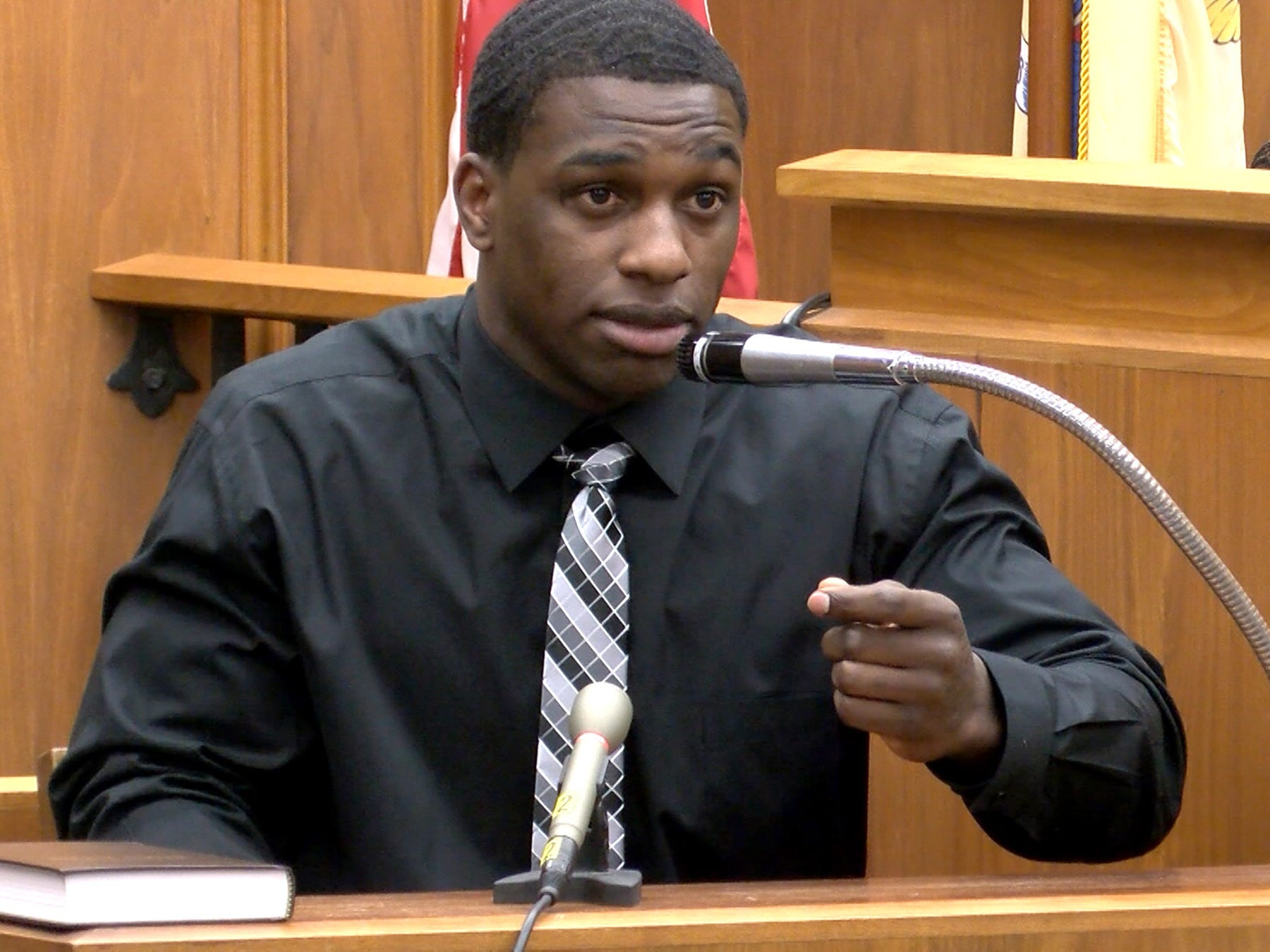 Dante Allen testifies during his attempted murder trial in State Superior Court in Freehold Wednesday, May 1, 2019.  He is charged with shooting at Asbury Park police Officer Terrance McGhee during a foot chase.