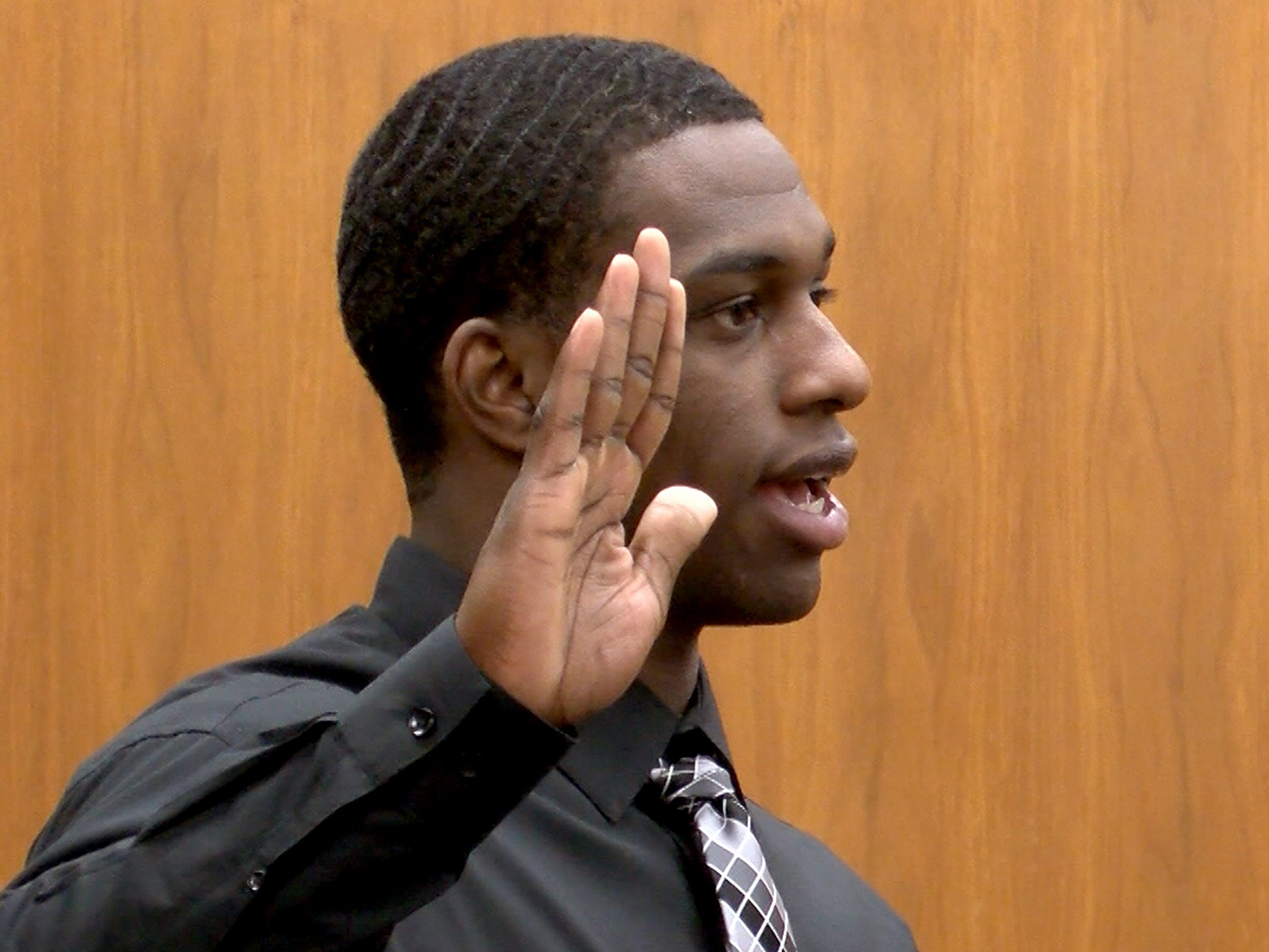 Dante Allen is sworn in to testify during his attempted murder trial in State Superior Court in Freehold Wednesday, May 1, 2019.  He is charged with shooting at Asbury Park police Officer Terrance McGhee during a foot chase.